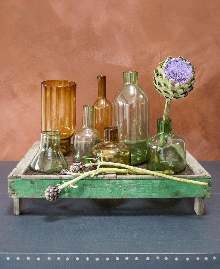 Gekleurde vazen | Colored vases | Photographer Anna de Leeuw | Styling Marianne Luning | vtwonen September 2015