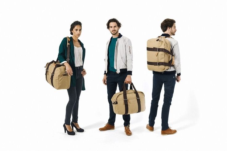 QWSTION - WEEKENDER - ORGANIC CAMEL - The Weekender is designed to be your faithful buddy in any situation. Whether you take it to the gym, on a weekend trip, to work, or on a flight. The main compartment contains a pocket for laptop and iPad®. It easily transforms into a backpack thanks to the unique One-for-Two-System®. This versatile bag is made to adapt to your life quickly and effortlessly. #questionthenorm