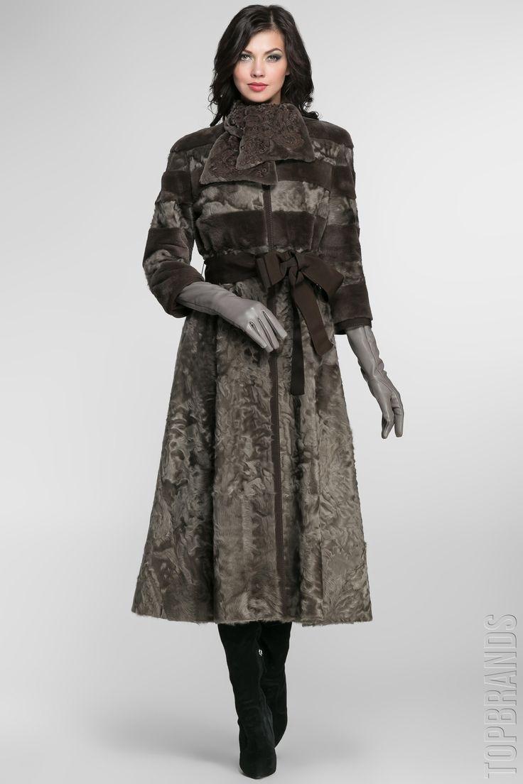 пальто из меха ягненка