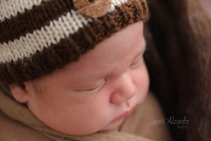 fotos newborn_Laura Alzueta_002  Hoje tem artigo que escrevi no blog da @fhox sobre a presença masculina na fotografia newborn. Confiram!!
