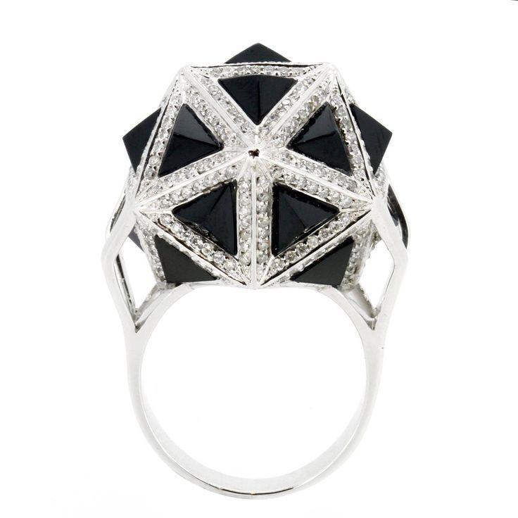 Icoso Black Sapphire Diamond Gold Ring