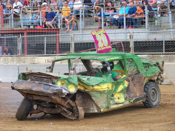 Demolition derby - Wikipedia