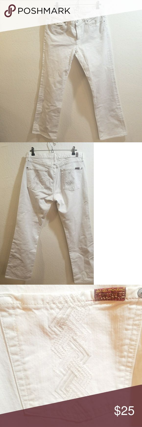 7 FOR ALL MANKIND - WHITE BOOTCUT JEANS These are awesome 7 For All Mankind white jeans. Size 33. Great condition. 7 For All Mankind Jeans Boot Cut