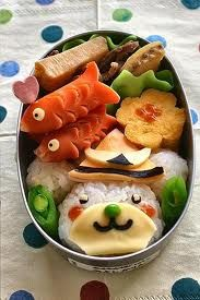obento. Love those sausage fish!