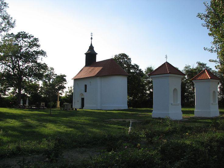 Fehér kápolna (Buzsák közelében 1.3 km) http://www.turabazis.hu/latnivalok_ismerteto_4628 #latnivalo #buzsak #turabazis #hungary #magyarorszag #travel #tura #turista #kirandulas