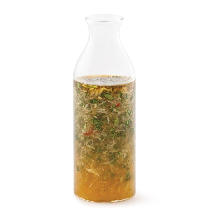 Faites de votre salade un délice vietnamien grâce à cette vinaigrette maison!
