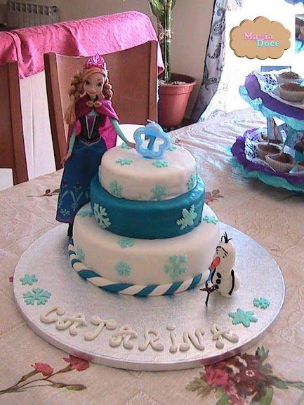 """Bolo aniversário tema """"Frozen"""""""