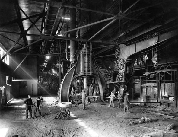 Steam hammer used for forging steel at the Midvale Steel Company, c. 1905
