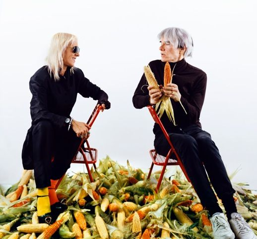 Marta Minujín con Andy Warhol