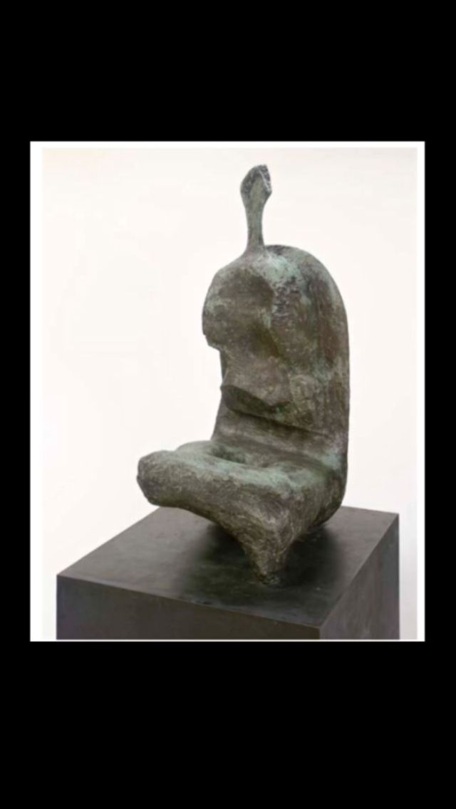 "Henry Moore - "" Seated Woman : Thin Neck "", conceived in 1961 - Bronze with brown and green patina - Height : 164 cm"