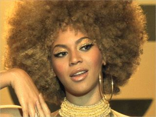 beyonce goldmember costume | Beyonce Austin Powers
