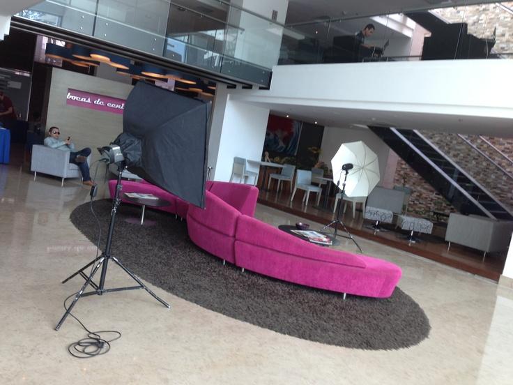 Backstage del Photo Look de Andrea Doria / Locación: Hotel Smart Suites Royal . Diseño de Moda: Laura Riquett . Fotografía: Efraín Acosta