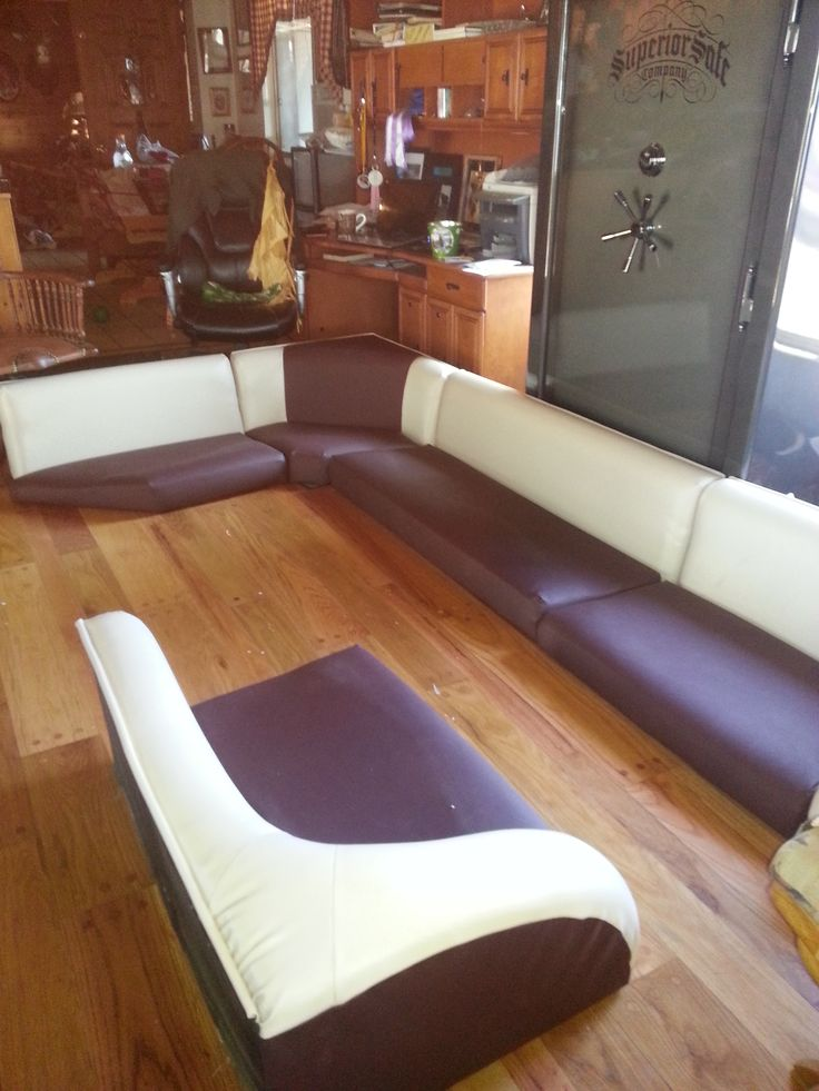 1000 Ideas About Boat Upholstery On Pinterest Boat Seats Boat Restoration And Pontoon Boat Seats