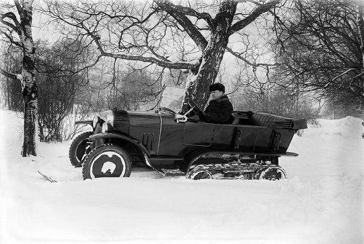 Citroënin lumiauto vuodelta 1924. Kuva: Helsingin kaupunginmuseo / Eric Sundström.