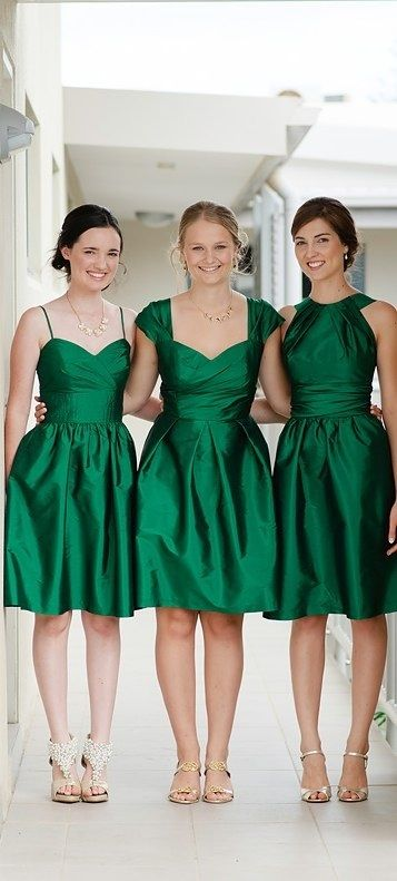 Style Mix in the same color - easy way to pick your bridesmaid dresses AND keep your best friends happy =)