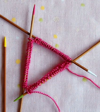 knitting with double pointed needles  Feel free to follow and join our new community board : Knitting stitches and tutorials for all. http://pinterest.com/DUTCHYLADY/knitting-stitches-tutorials-for-all/