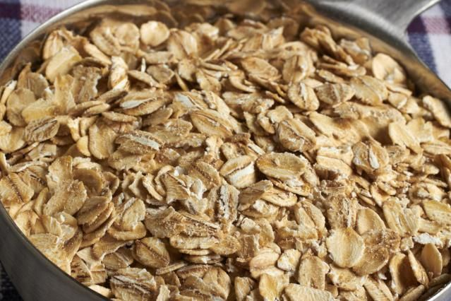 This recipe is adapted from one that appeared on the Quaker oatmeal container. Oatmeal makes for a nice, and more nutritious, change of pace from the usual breadcrumbs binder.
