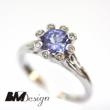Pierścionek zaręczynowy z diamentami i tanzanitem  Rzeszów  Pierścionek zaręczynowy Rzeszów BM Design BM Rzeszów BM Rzeszów