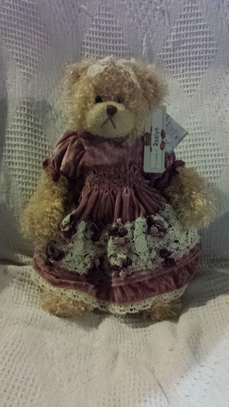 """Settler Bear """"Rosslyn"""