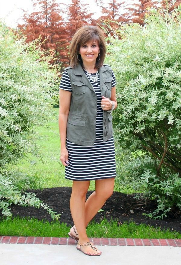 Styling my favorite stripe dress from Old Navy today! It's Day 8 of my 26 Days of Summer Fashion.