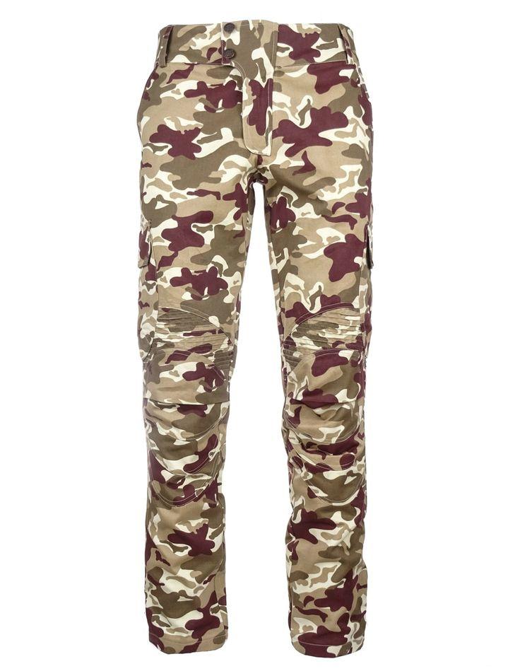Kvalitné pánske kapsáčové nohavice DOUBLE RED vyrobené zo 100% bavlny. Príjemný strih, praktické bočné vrecká. Teraz doprava zadarmo. Kúpte online!