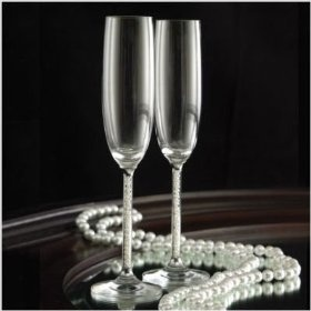Jubilee Pearl Champagne Flutes-Fun with pearls in the stem!