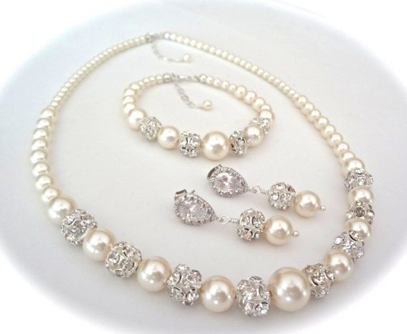Pearl Jewelry Set For A Bride Gift Swarovski Pearls 3 Piece Bracelet Earrings Necklace Bridal Bridesmaids Destiny In 2018