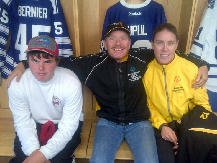 Jake took some SOO athletes to Oct 15's game! GO LEAFS GO!