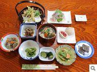 桧枝岐村の山人(やもうど)料理