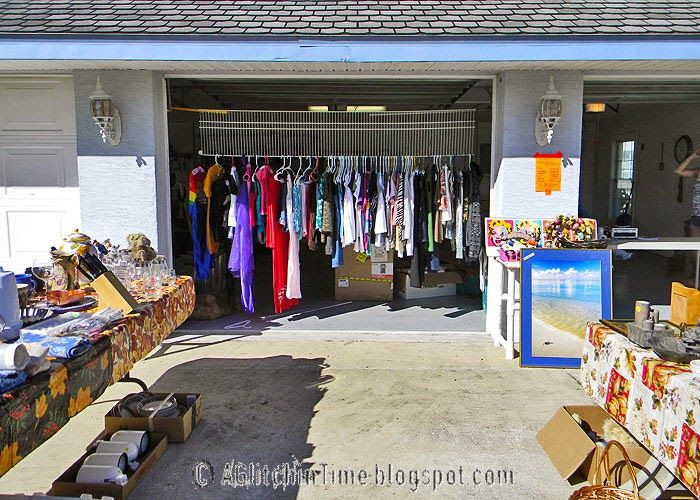 clothes rack ideas for garage sale - 17 Best ideas about Yard Sale Displays on Pinterest