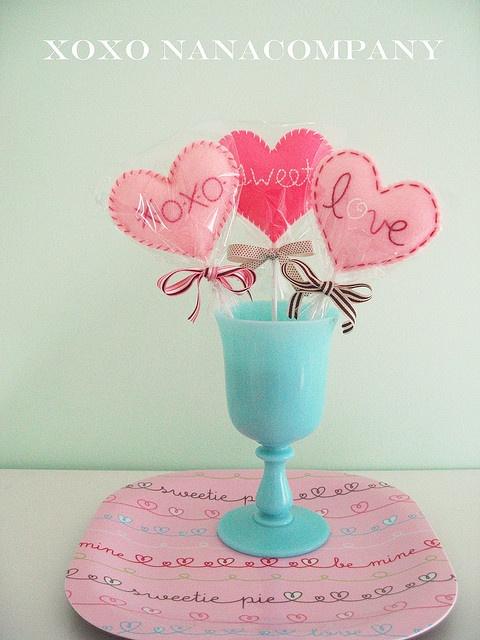 Super cute felt lollipops