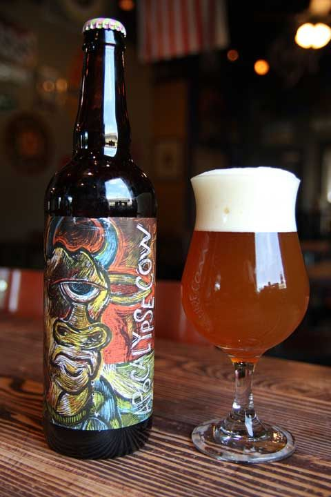 Article by FisterRoboto of lefthandhorror.com Brewed by Three Floyds Brewing Co. $10.99/Bomber Style: American Double/Imperial IPA 11.00% ABV Serve at 45-50 Degrees Enjoyed from a tulip glass A: Po...