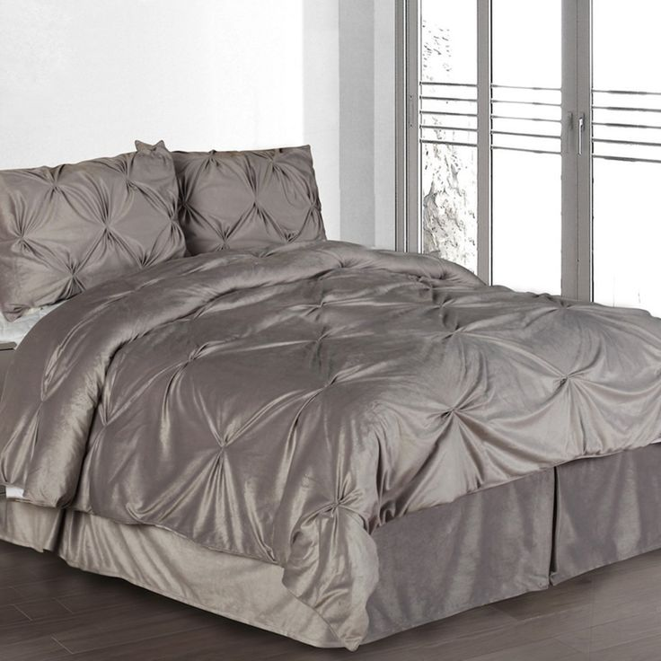 Hudson Street Pintuck Plush 3 Piece Complete Comforter Set Silver, Size: King