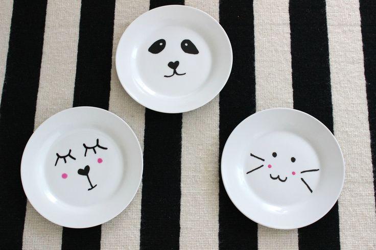 DIY Porzellan bemalen, Kindergeschirr selbstgemacht, Tiermotiv http://lifestylemommy.de/diy-muttertag-porzellan-bemalen-und-es-gibt-auch-was-fuer-die-kids/