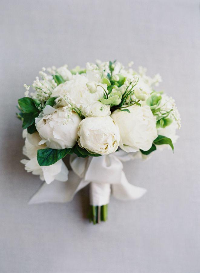 Elegant white peony bouquet: http://www.stylemepretty.com/2016/06/13/california-spring-meadow-wedding/ | Photography: Jose Villa - josevilla.com