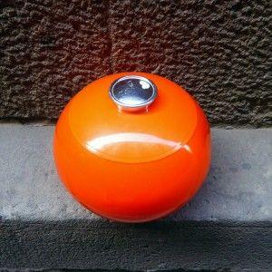 cubitera-bola-plastico-naranja-mementosbcn-2