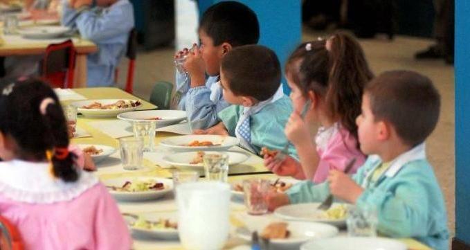 """Una #tutela sancita dalla #legge per i """"nostri piccoli"""" ed una #soluzione ideale per un' #alimentazione #sana sempre più presente sulle #tavole degli italiani #scuola #bambini #norme #prodotti #biologici"""