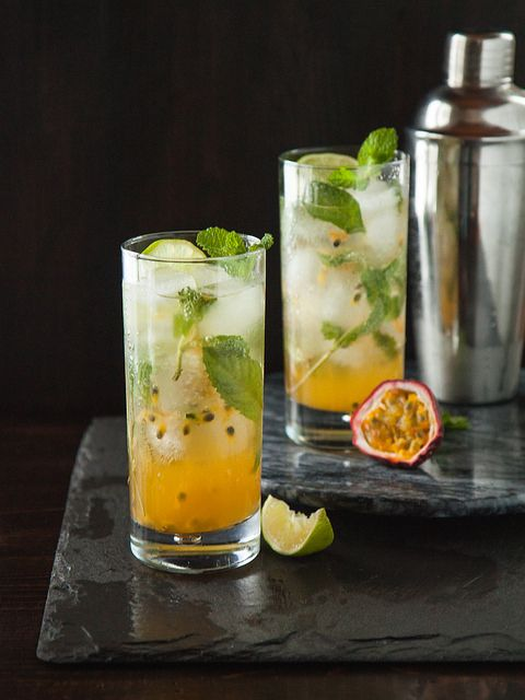 Would make non-alcoholic but these are gorgeous drinks! | Passion Fruit Mojitos