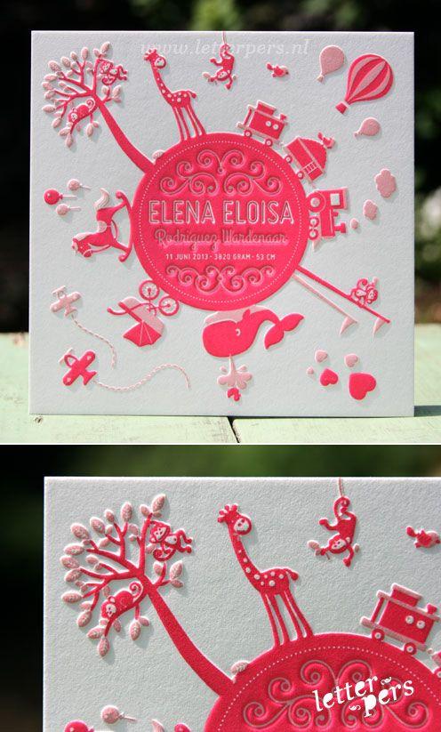 letterpers_letterpress_geboortekaartje_elena_wereld_giraffe_ballon_paard_walvis_bijzonder_mooiste_speciaal