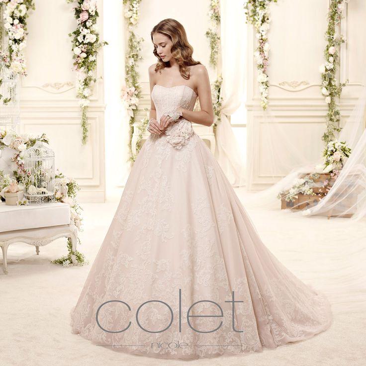 http://www.nicolespose.it/it/ #Colet #collection for #nicolespose #weddingdress #wedding #abitidasposa #alessandrarinaudo #nicole #labitodeisogni #bianco #white