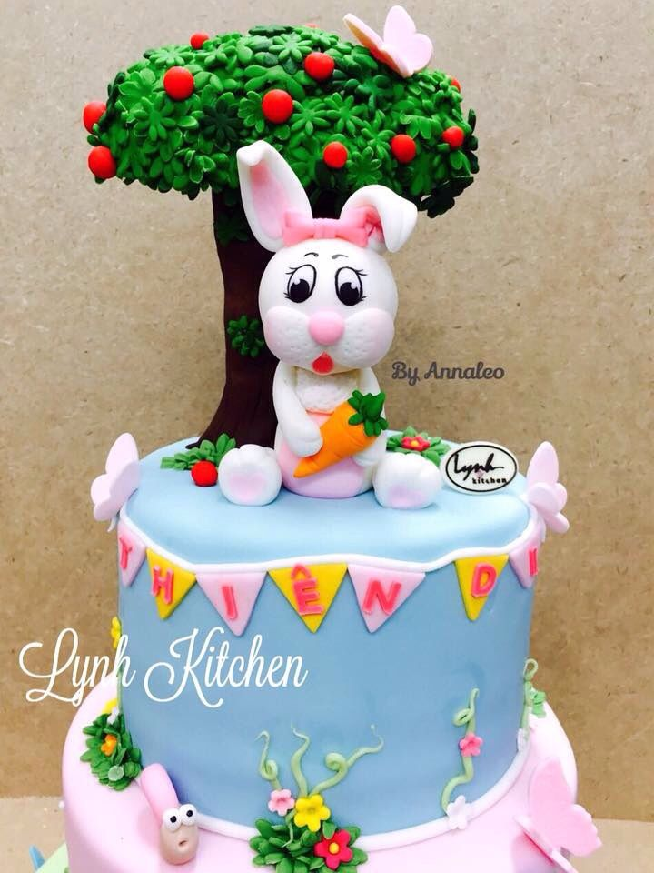 Bunny fondant cake carrot tree Tho