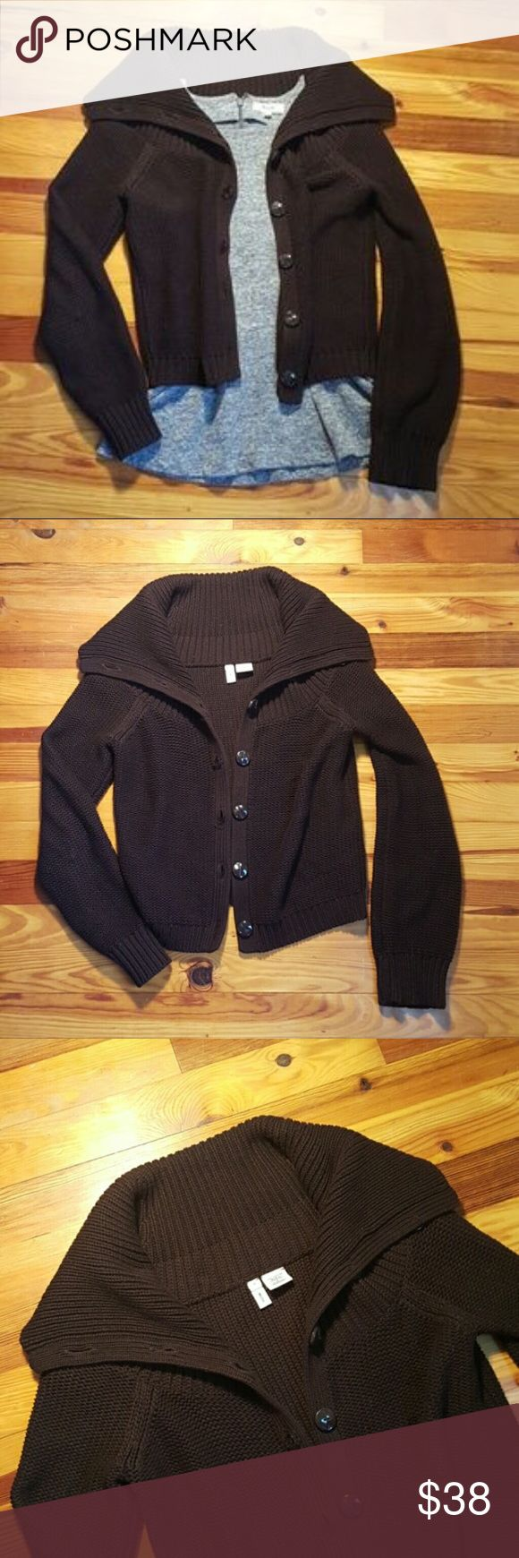 NWOT Moth Anthropologie cardigan!sale! Perfect condition. Thick knot and very warm! This is slightly crop so could fit a medium or large depending on how you want it to lay. Anthropologie Sweaters Cardigans