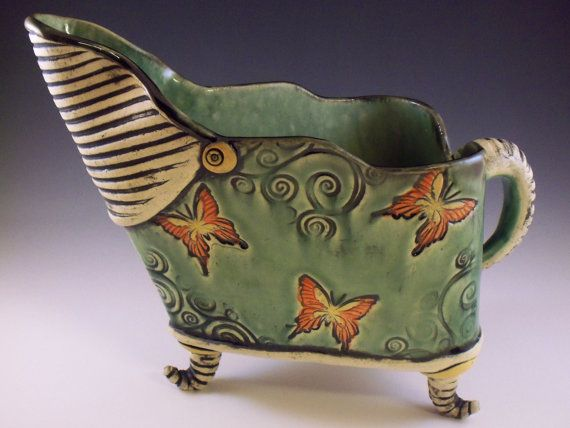 Hey, I found this really awesome Etsy listing at https://www.etsy.com/ca/listing/162443103/butterflies-gravy-boat-butterfly-gravy