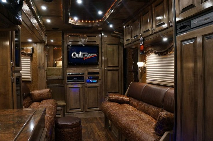 152 best images about horse trailer living quarters on for Rv barn with living quarters