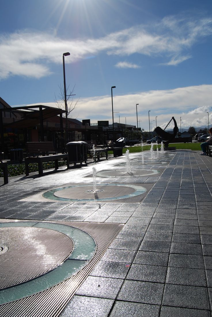Sundial Square Water Feature by day in Nelson NZ. Animated and LED illuminated water feature