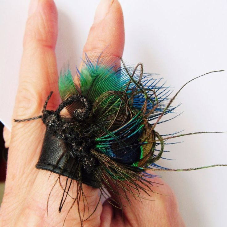 Hand-sewed leather butterfly peacock ring #Marroussia13