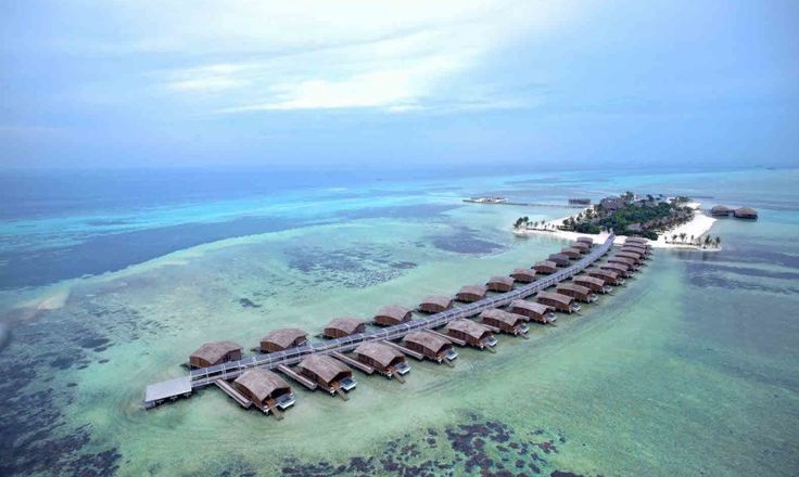 The world's first 5-star resort to be completely powered by solar proves that luxury does not have to be sacrificed in the name of sustainability.