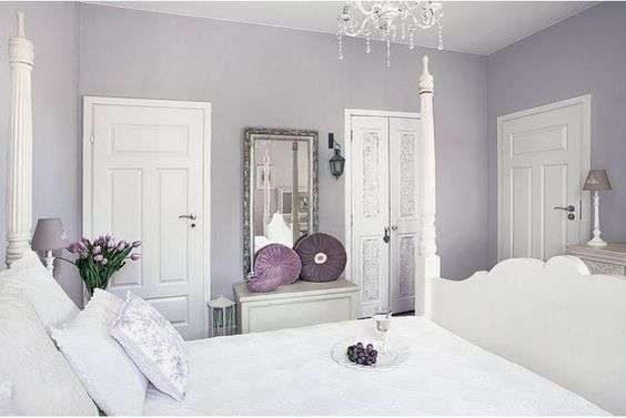 Idee per arredare la camera da letto con il color lavanda - Camera da letto chic