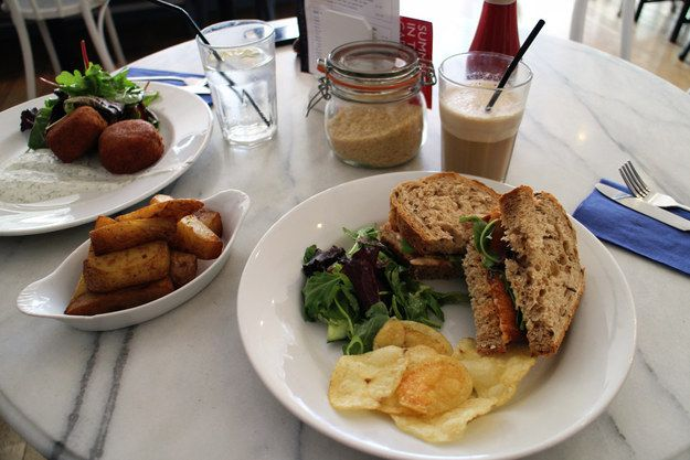 Fish Finger Sandwiches at Mrs. Jones' Kitchen |Good bread, good fish fingers and a good handful of ready salted crisps on the side. 21 Delicious Things To Eat In Canterbury