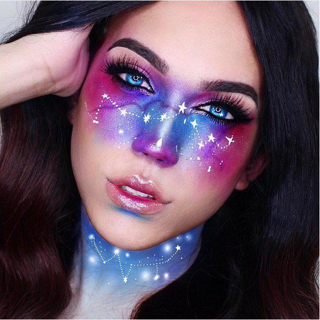 Galaxy Makeup Stars | Creative DIY Makeup Ideas You Can Try for your next Costume Party! by Makeup Tutorials at http://makeuptutorials.com/galaxy-makeup-ideas/